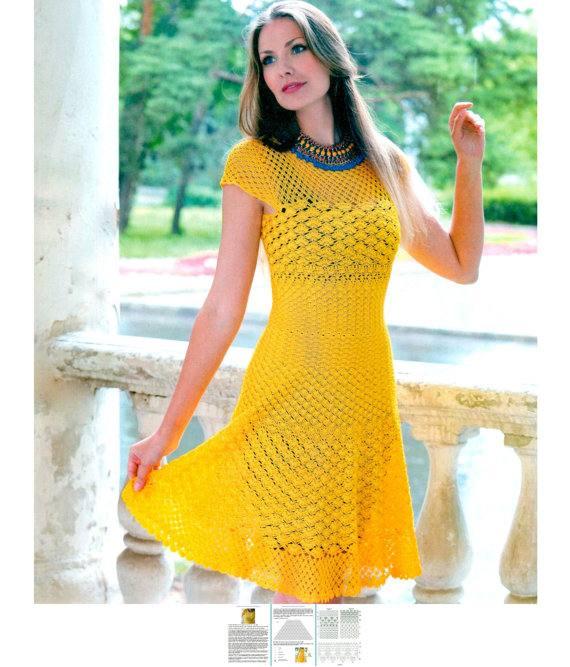 платье клеш вязаное крючком желтое