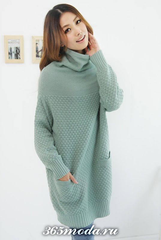 платье свитер вязаное крючком мятное