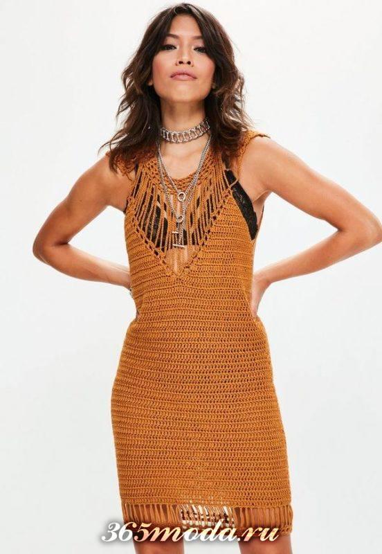 летнее вязаное платье крючком рыжее
