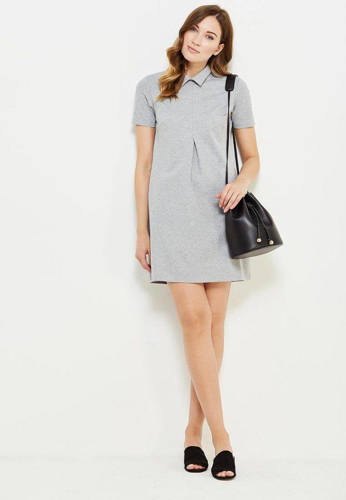 Базовый гардероб для девушки: серое мини платье