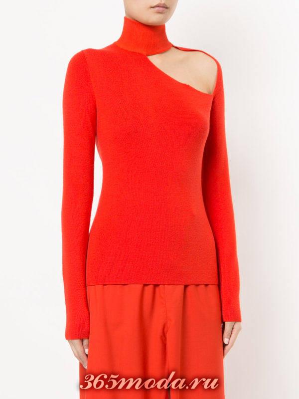 базовый красный свитер с вырезом