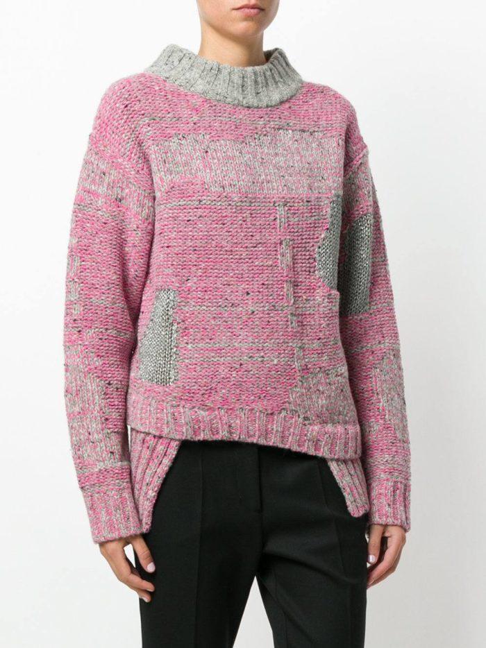 Базовый гардероб для девушки: асимметричный свитер