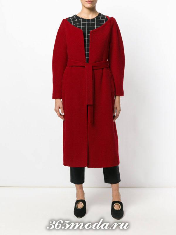 базовое бордовое пальто с поясом