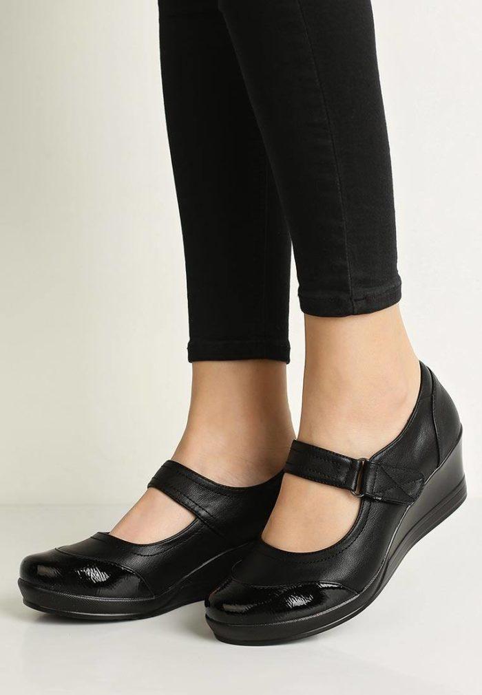 базовые туфли на танкетке черные
