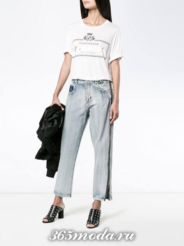 базовые джинсы бойфренды с лампасами