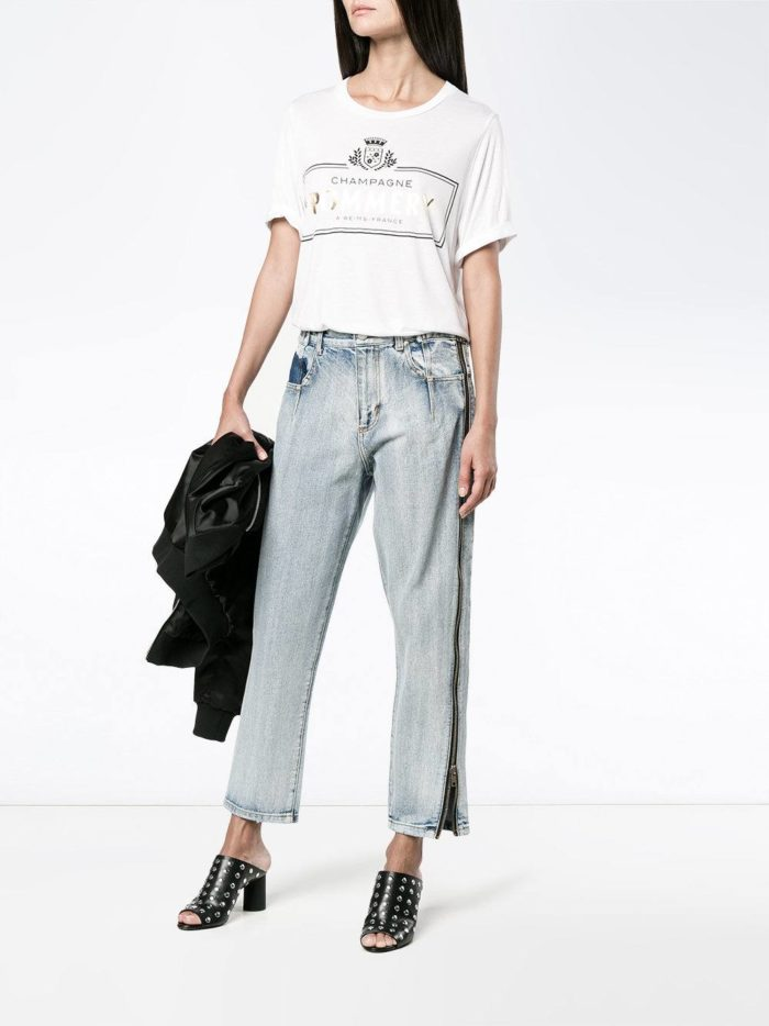 Базовый гардероб 2019-2020: джинсы бойфренды с лампасами