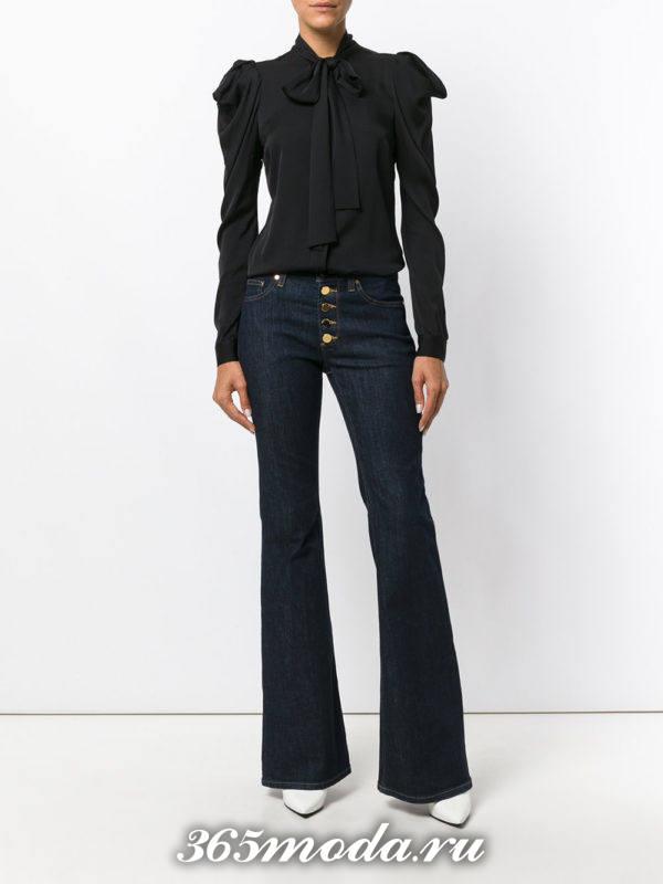 базовые темные джинсы клеш