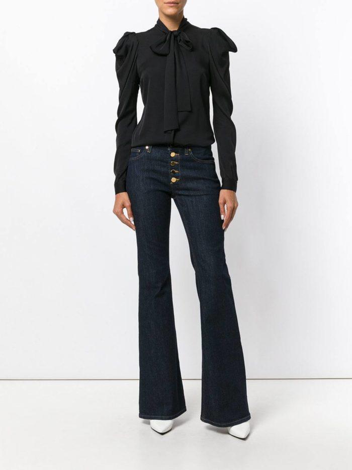 Базовый гардероб 2019-2020: темные джинсы клеш