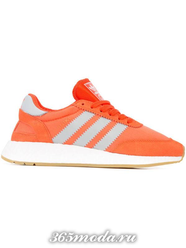 брендовые оранжевые кроссовки