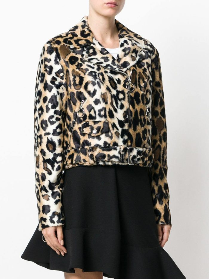 леопардовая куртка косуха