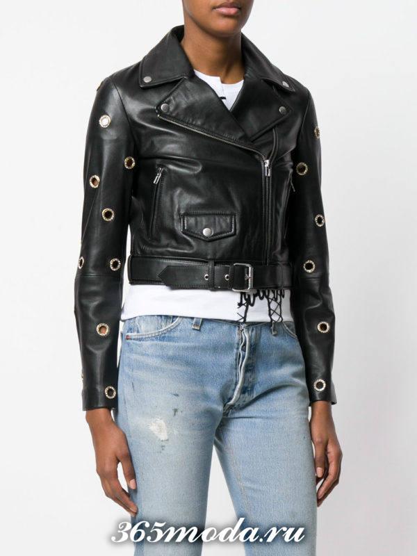 черная куртка косуха с модным декором