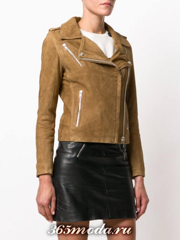 замшевая коричневая куртка косуха