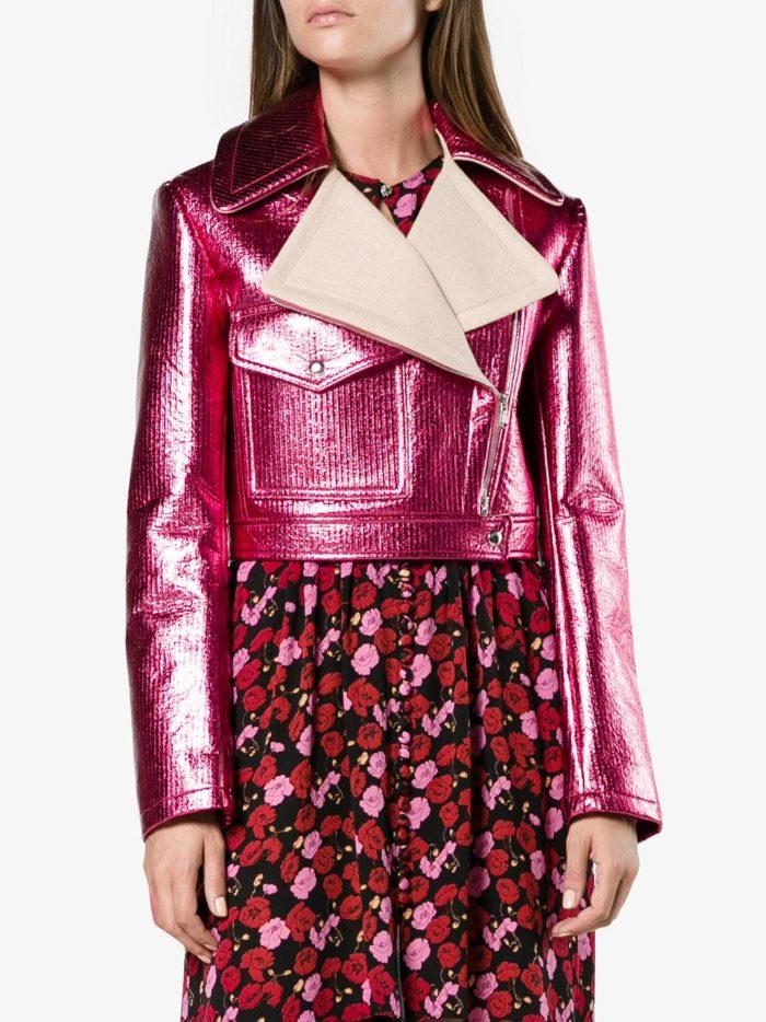 блестящая розовая куртка косуха