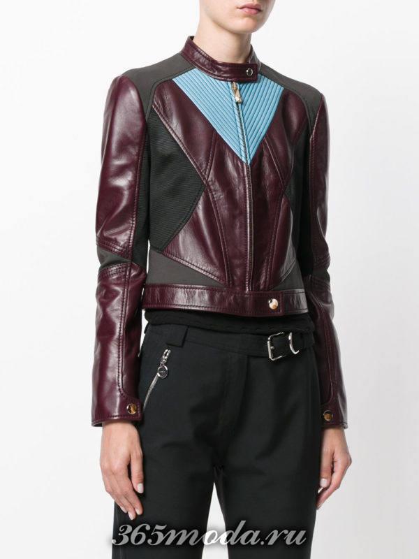 бордовая куртка косуха с цветными вставками