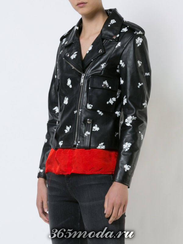 черная куртка косуха с принтом