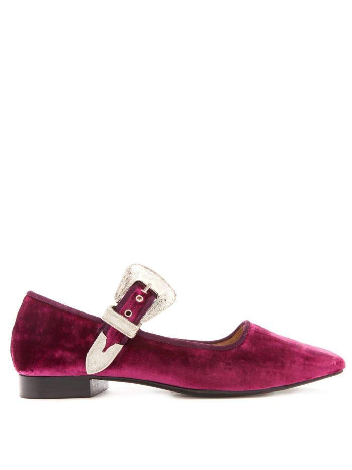 модная обувь лето 2020: бархатные балетки с пряжкой