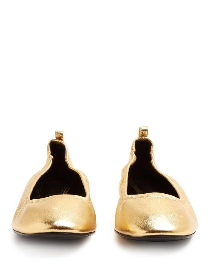 модная обувь лето 2020: золотые балетки