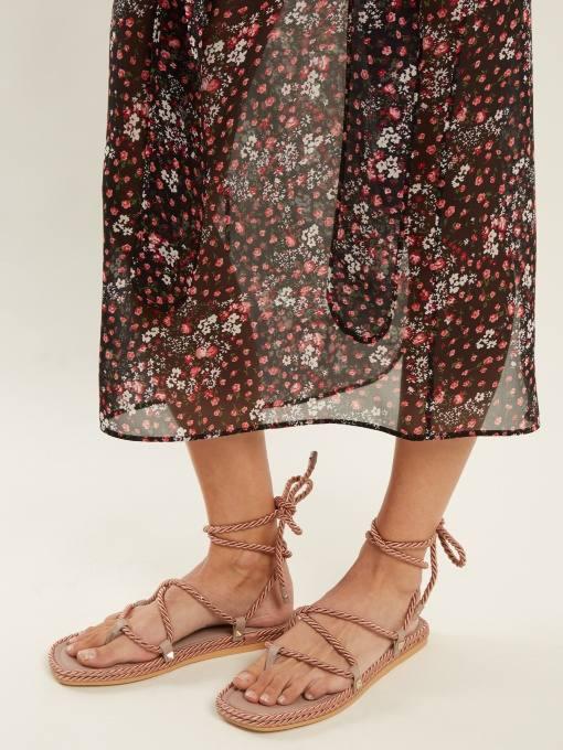 летние нюдовые гладиаторские сандали на низком ходу