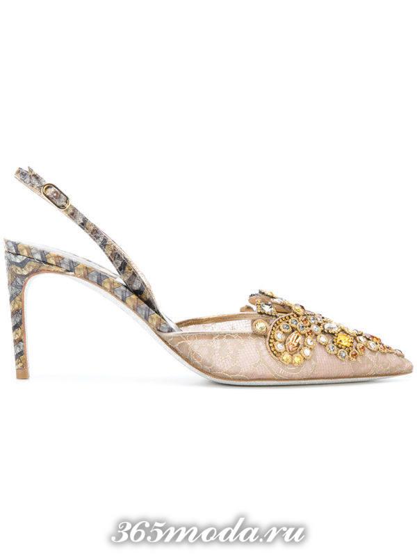 летние туфли со стразами на шпильке