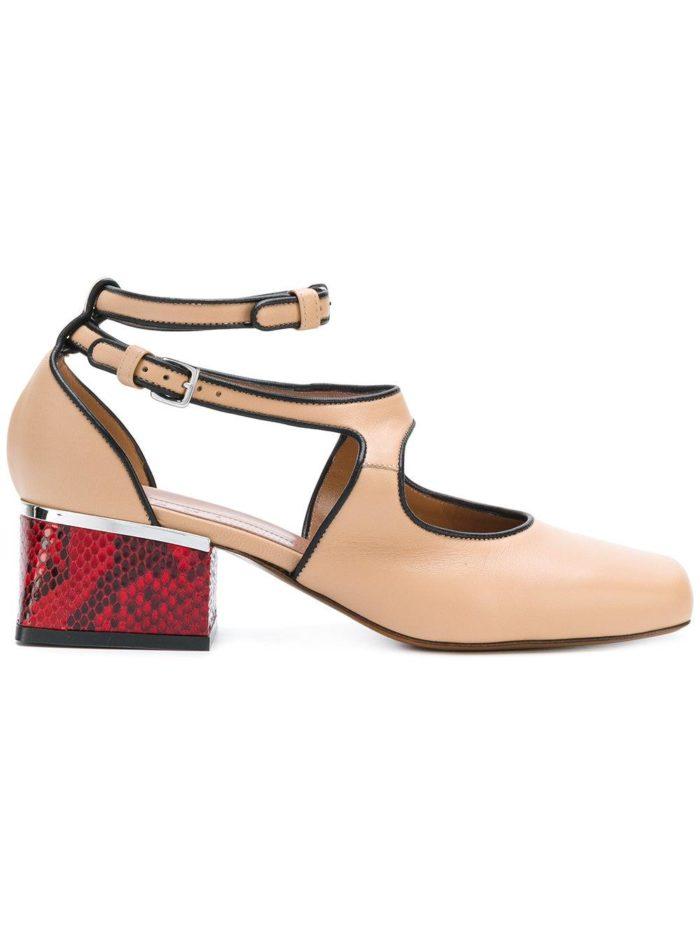 бежевые туфли на квадратном каблуке