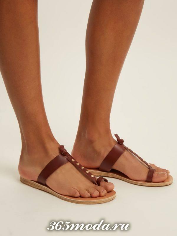 летние коричневые вьетнамки на низком ходу