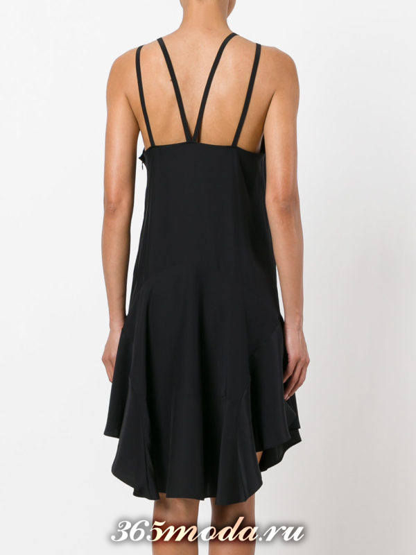 летнее черное платье с обнаженной спиной