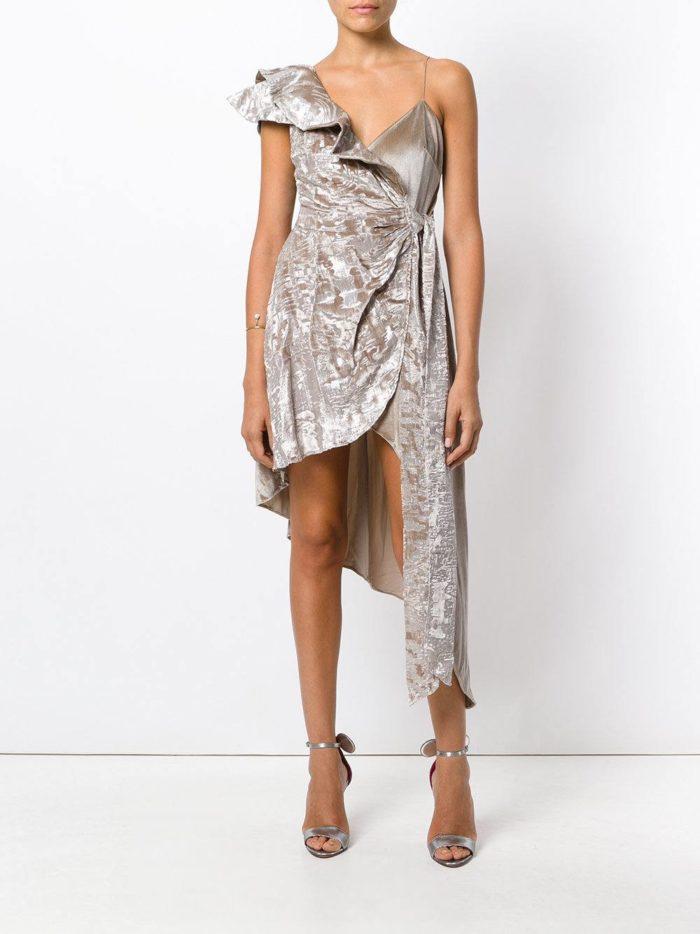 летнее асимметричное платья с запахом и принтом