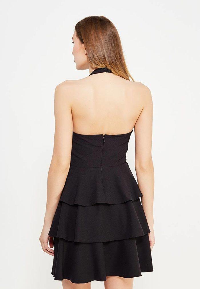 летнее многослойное платье с обнаженной спиной