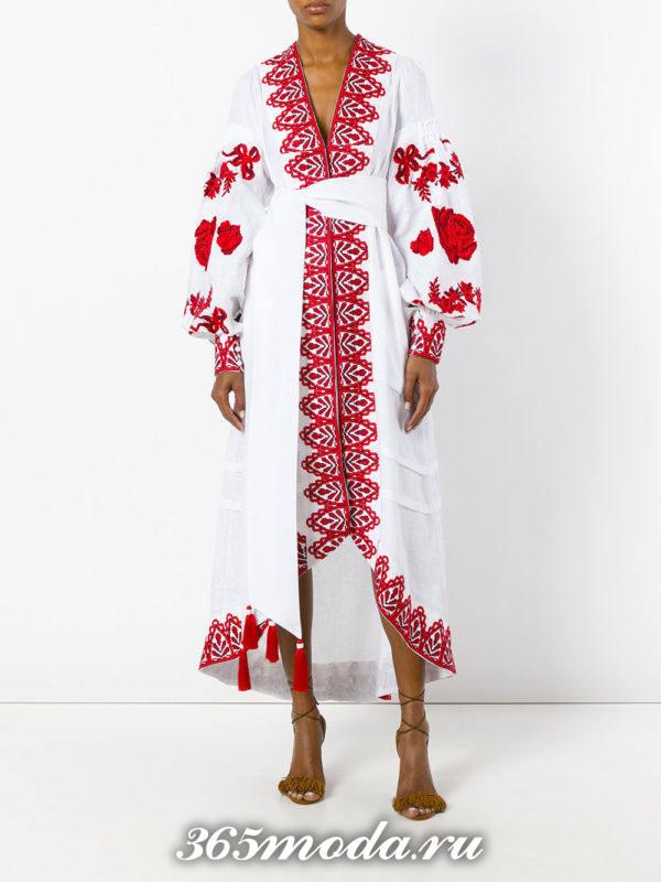 летнее длинное платье с вышивкой