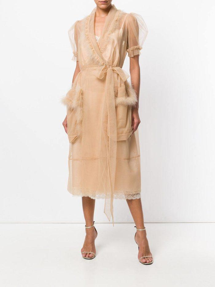 летние бежевое платье с запахом и карманами
