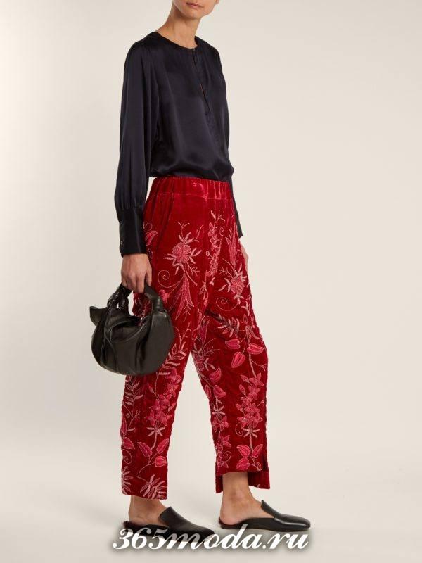 лук с бархатными укороченными брюками и блузой осень-зима