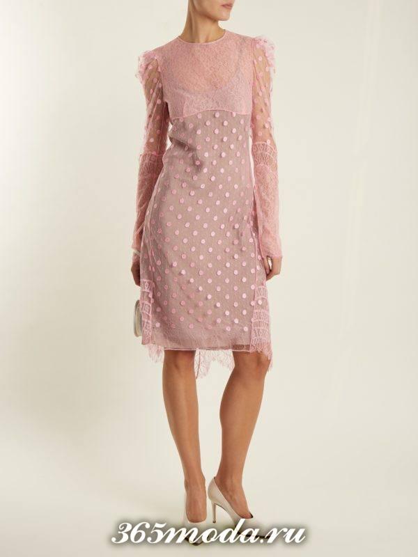 лук с кружевным розовым платьем футляр осень-зима