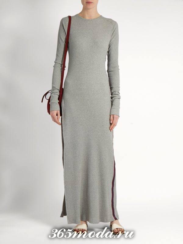 лук с серым макси платьем-свитер осень-зима