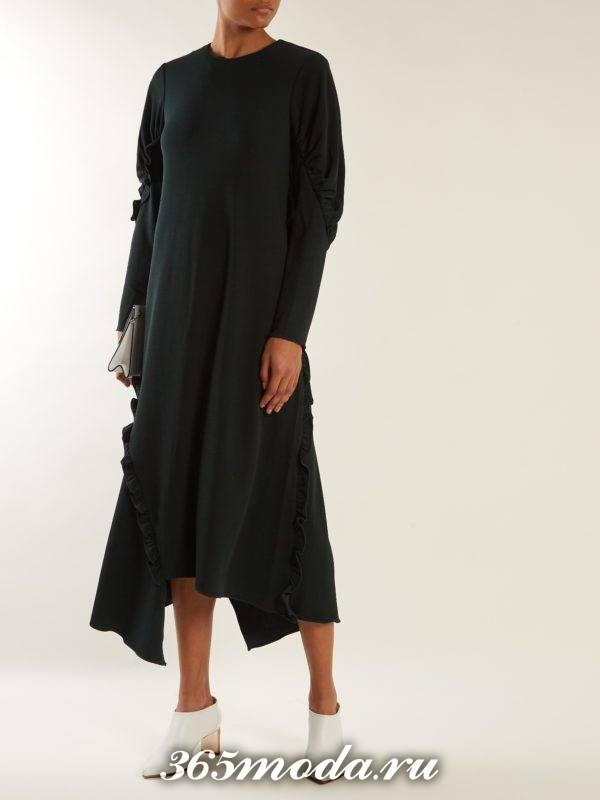 лук с черным вязаным асимметричным платьем осень-зима