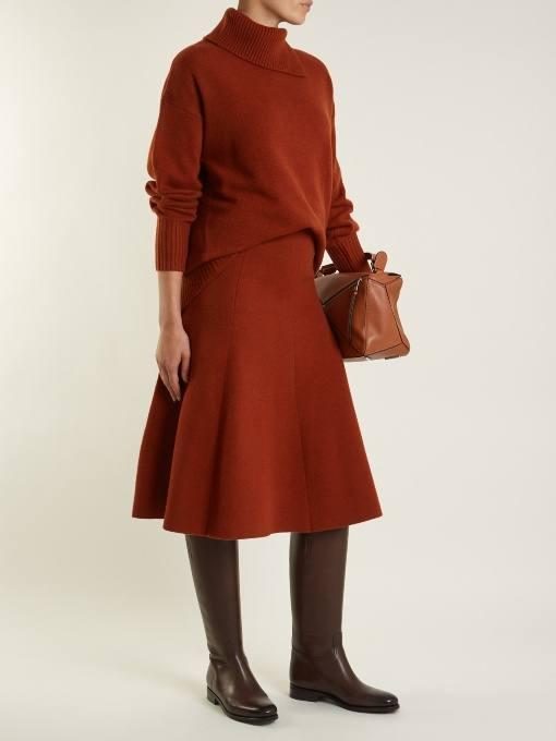 модные луки: с сапогами на низком ходу и коричневым комплектом