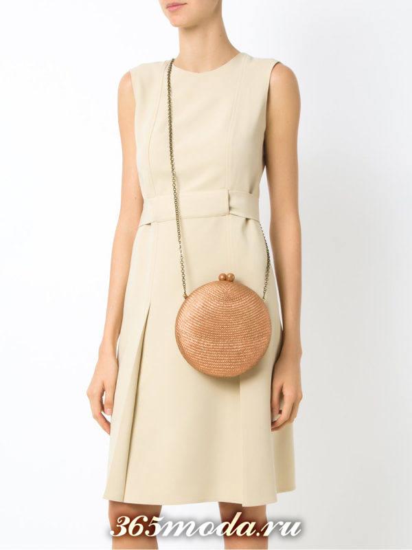 блестящая круглая сумка на цепочке