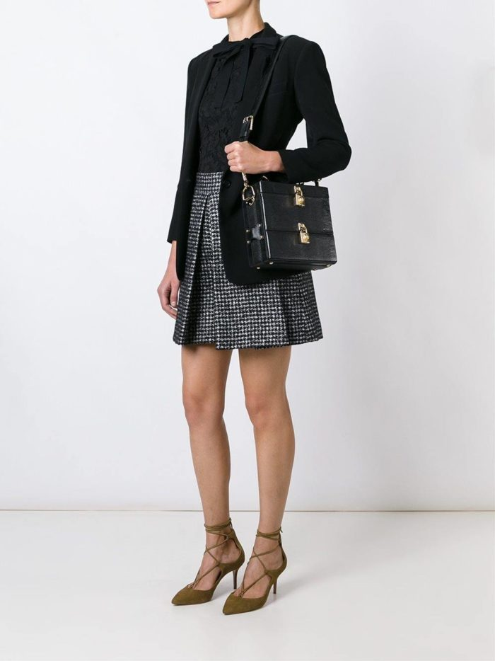 сумка-коробка черная фактурная