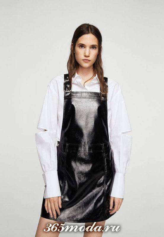 кожаный сарафан на шлейках с блузой с пышными рукавами