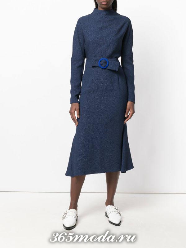 синее миди платье с поясом осень-зима