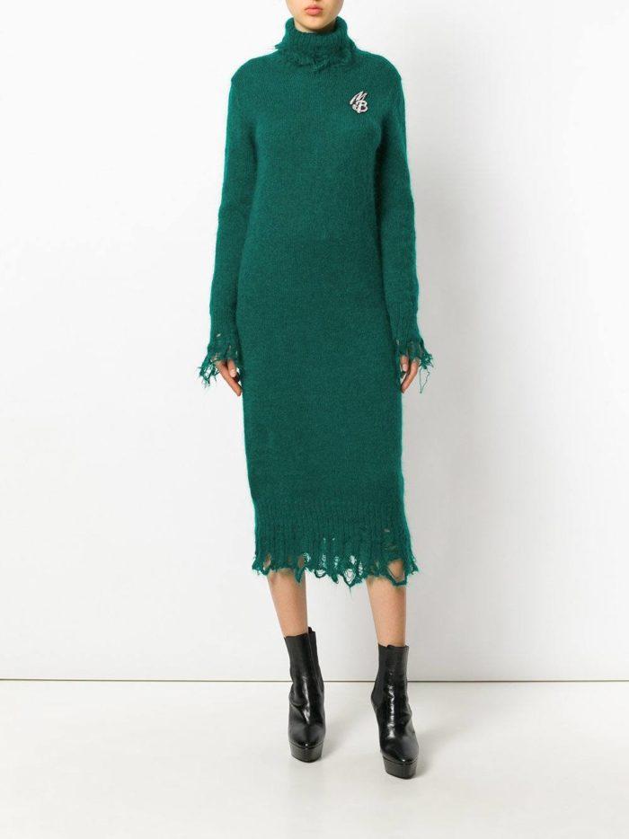 модные образы осень зима 2019-2020: зеленое вязаное миди платье