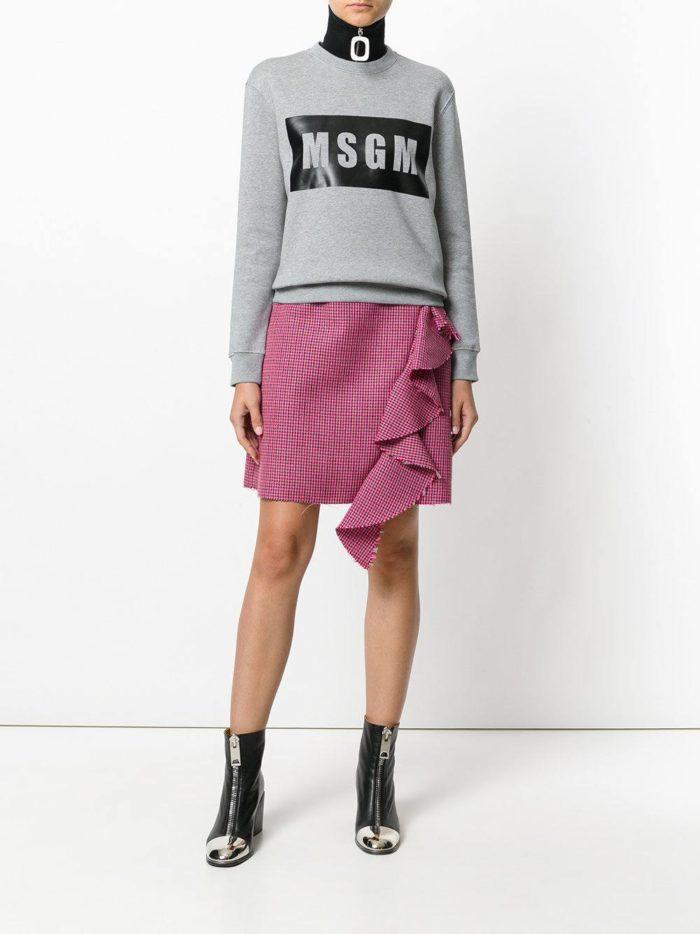 модные образы осень-зима: мини юбка с оборкой