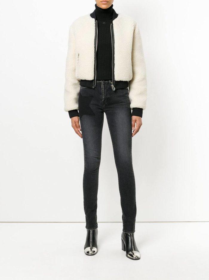модные образы осень-зима: темные джинсы скинни