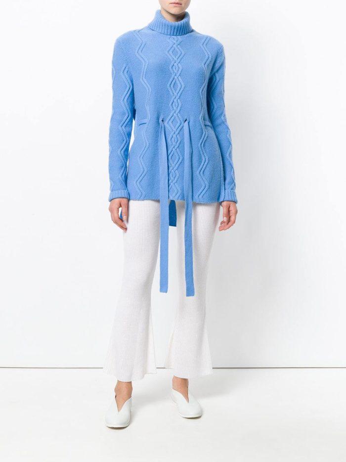 голубой свитер с поясом осень-зима