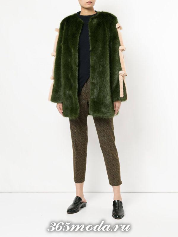 модный образ осень-зима с зеленым полушубком с декором