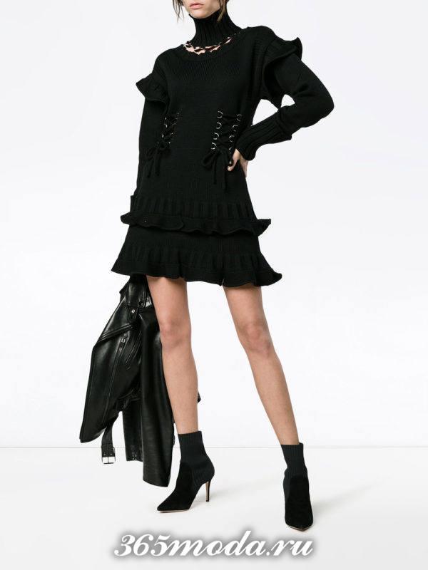 модный образ осень-зима в черном цвете с юбкой