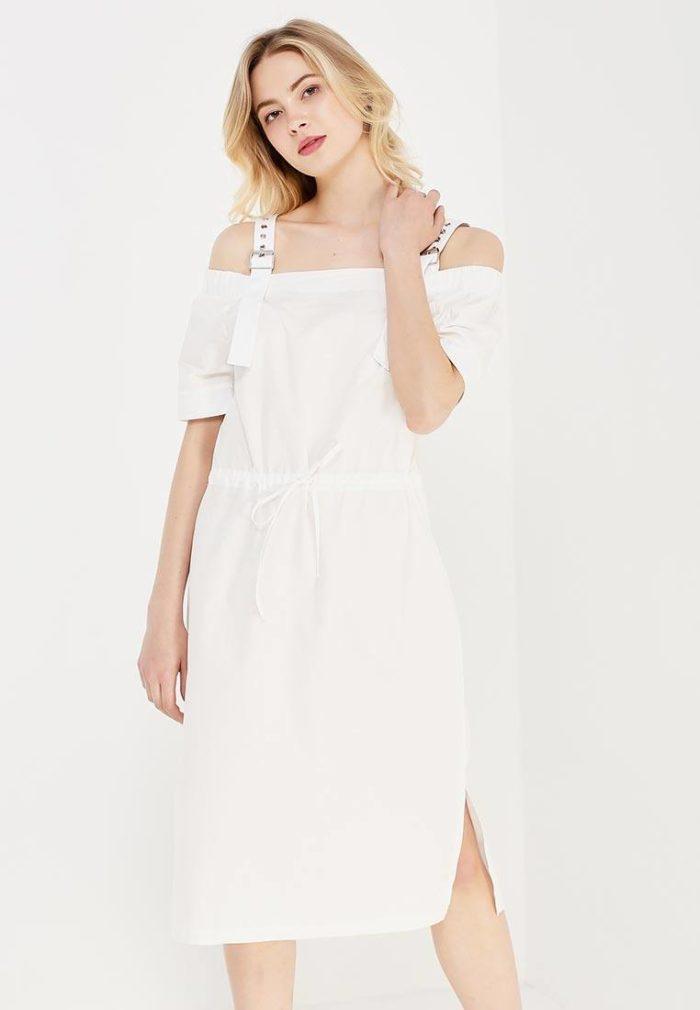 модные платья на каждый день 2019-2020: белое с разрезом