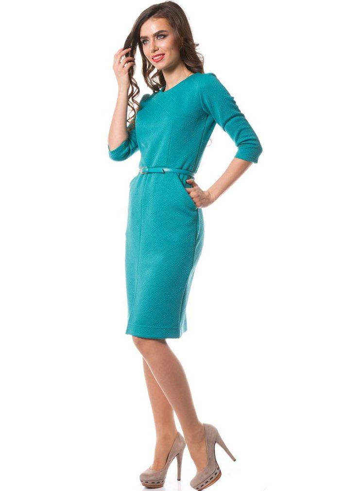 платье на каждый день: трикотажное голубое футляр