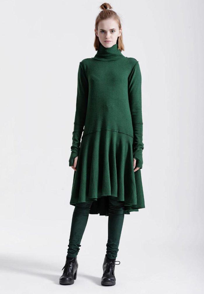 платье на каждый день: зеленое трикотажное асимметричное