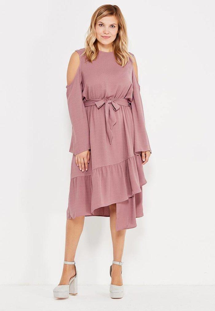 модные платья на каждый день: асимметричное с поясом для полных