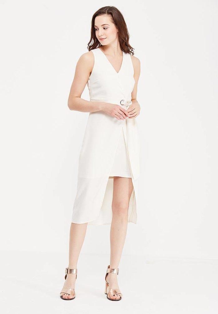 модные платья: асимметричное белое